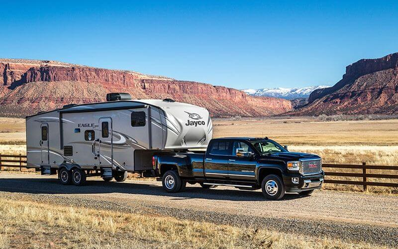 How To Choose The Best Trucks For Towing A Fifth Wheel Trailer