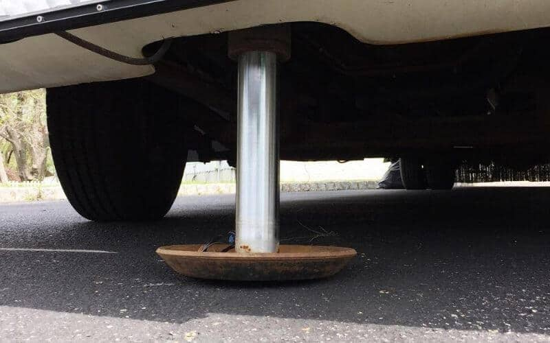 Troubleshooting Your RV Leveling Jacks Will Not Retract While Traveling