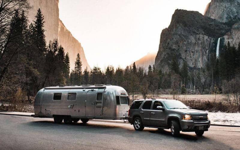 Best SUVs For Towing A Travel Trailer