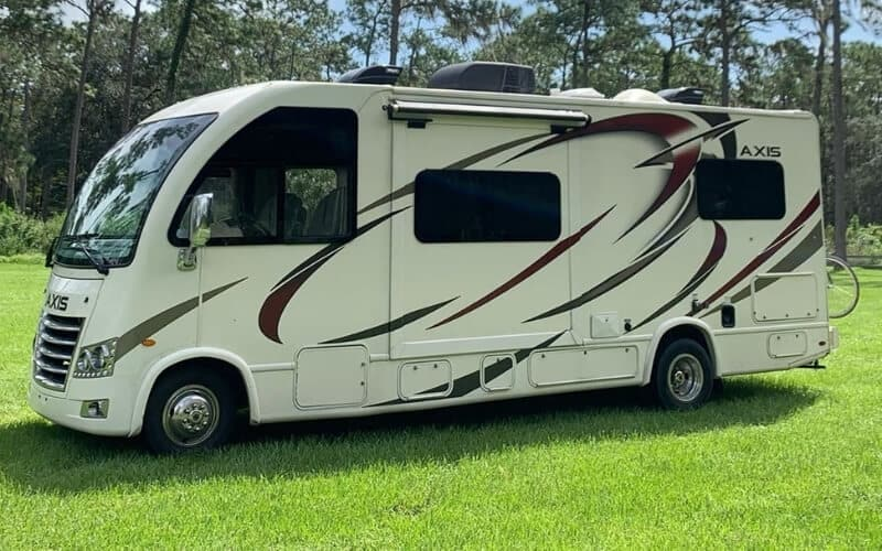 8 Best Small Class A Motorhomes In 2021 Rving Know How