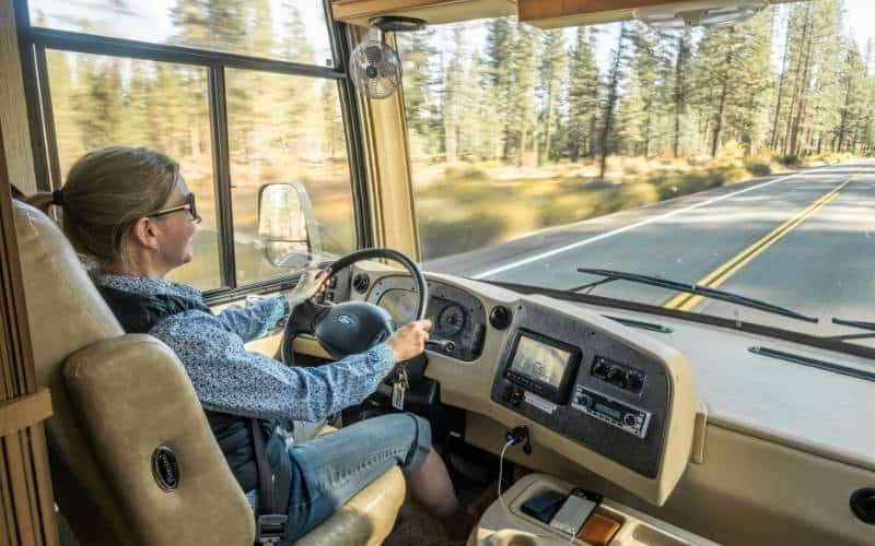 15 Tips For Driving A Motorhome Safely For The First Time