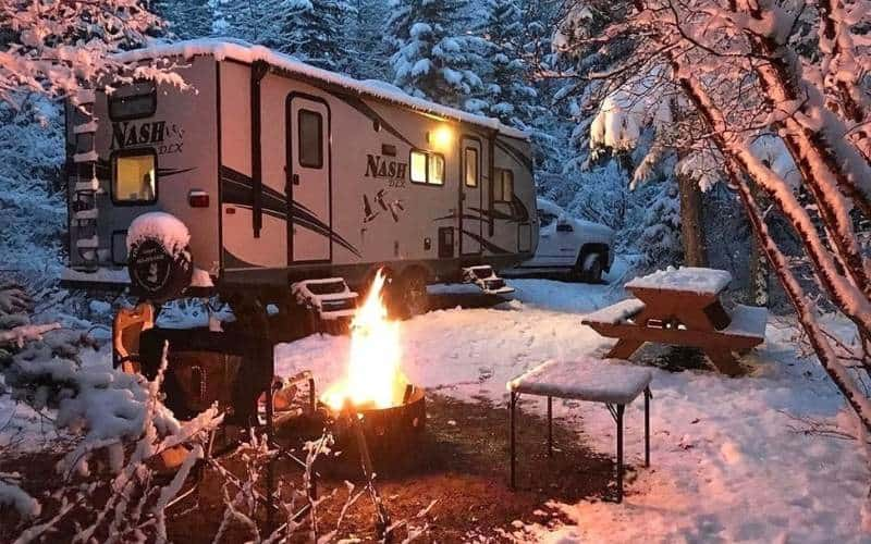 How To Keep Warm In The Winter In An RV Without Propane