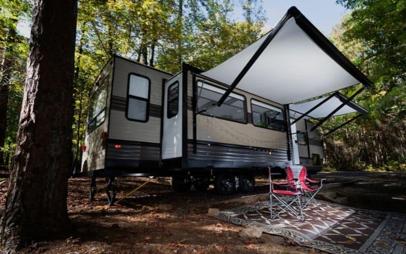 18 Creative Ways To Keep Your RV Cool In The Summer Without Air Conditioning!